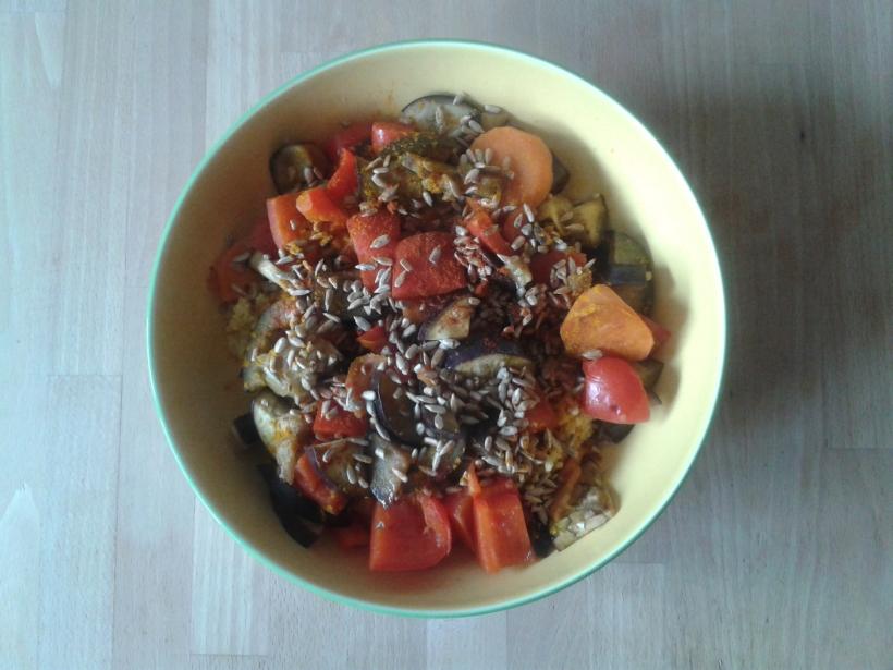 Gemüsebowl; Sonnenblumenkerne; clean eating; vegan